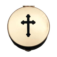 Sz 1 Pyx with Black Cross