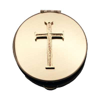 Sz 4 Pyx w/Gold Latin Cross