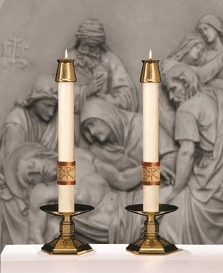 Luke 24 Altar Candles for Holy Week