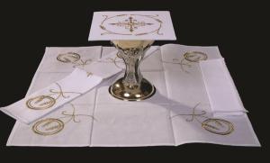 Mass Linens | Altar Cloths | Chalice Pall | Catholic ...